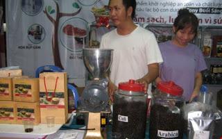 Cà phê Việt Nam 'gồng mình' vượt khó